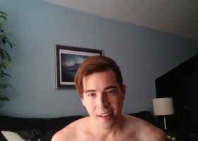 Amateur Twink Kyle Cums In His Hand