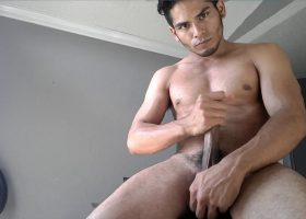 Amateur Damian Pumps from a Big Load