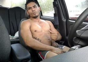 Amateur Damian Jerks Off In Car