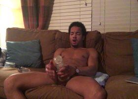 Muscular Amateur Hayden Fleshjacking